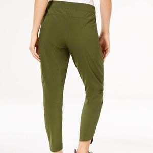 NWT Columbia Green Ankle Pants